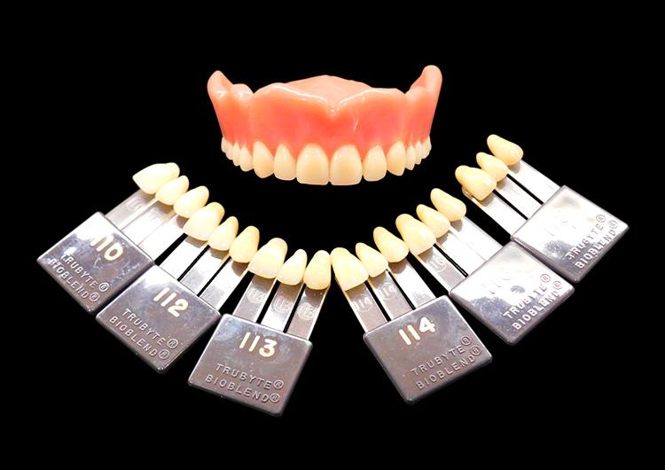 レジン床義歯